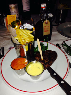 Steak with hollandaise chipotle sauce - Joe Allen's restaurant London - restaurant reviews - food